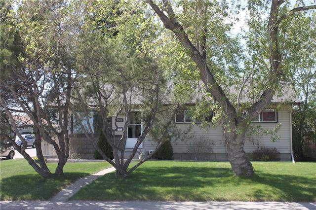 Collingwood real estate listings 3803 Collingwood DR Nw, Calgary