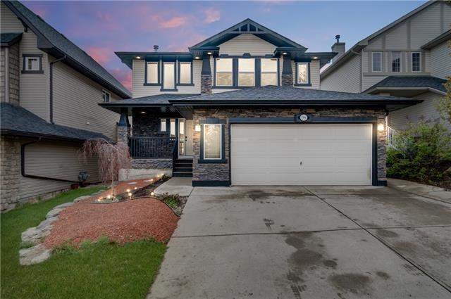 Crestmont real estate listings 98 Crestbrook Hl Sw, Calgary