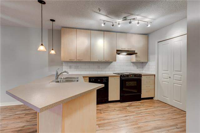 Lincoln Park real estate #126 22 Richard PL Sw, Calgary