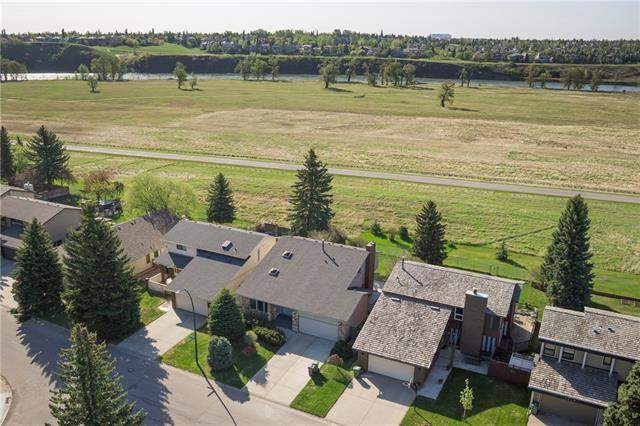 Deer Run real estate 2511 Deer Side DR Se, Calgary
