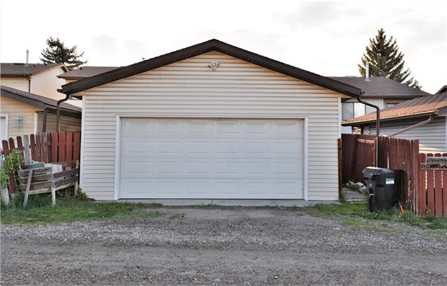 128 Bedford PL Ne, Calgary, Beddington Heights real estate, Detached Beddington Heights homes for sale