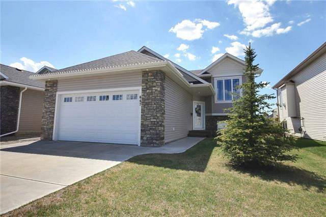 Carstairs real estate listings 647 West Highland Cr, Carstairs