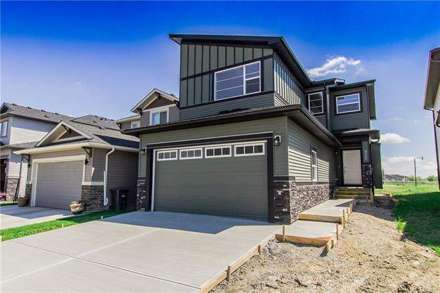 Hampton Hills real estate listings 910 Hampshire WY Ne, High River