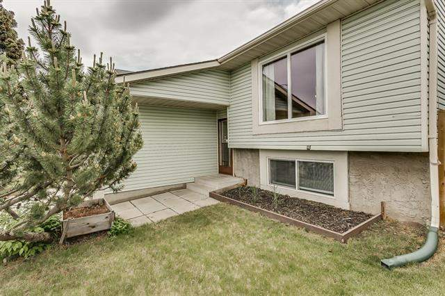 Fonda real estate listings 3532 Fonda WY Se, Calgary