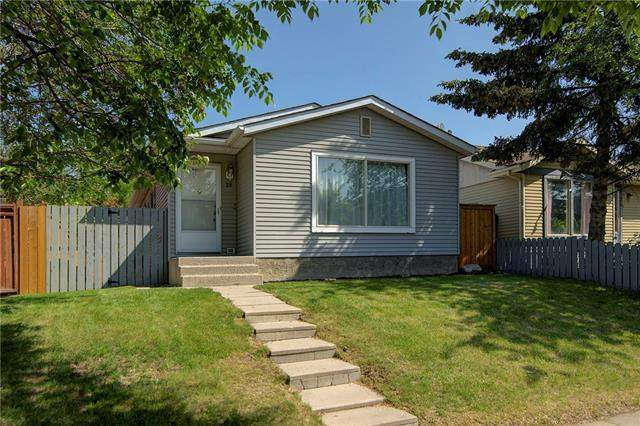 28 Appletree CL Se, Calgary Applewood Park real estate, Detached Applewood Park homes for sale