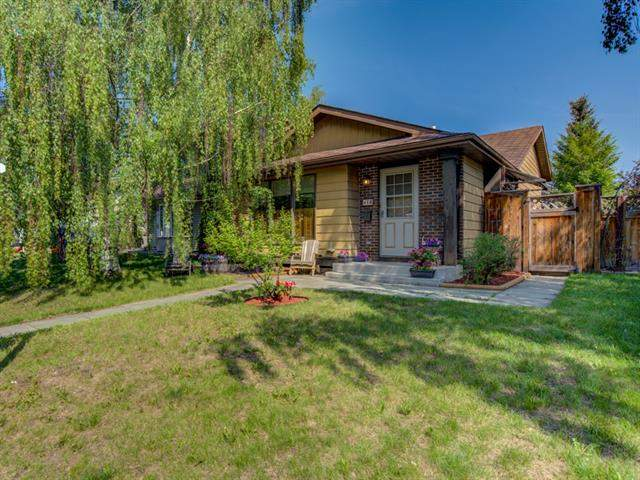 Beddington Heights real estate listings 16 Beacham WY Nw, Calgary