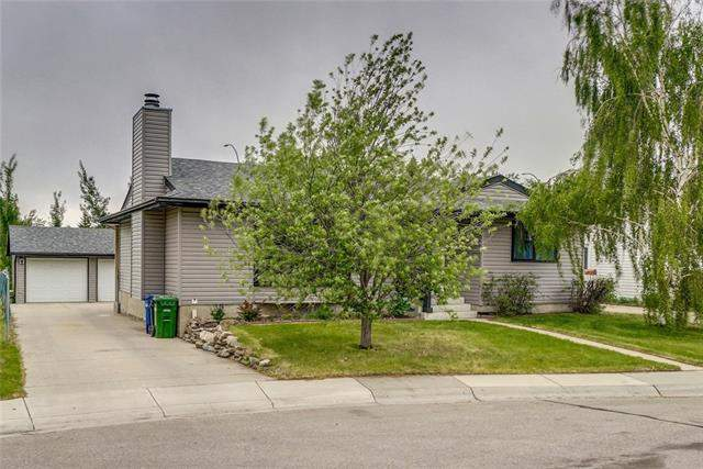 Summerhill real estate listings 48 Summerfield CL Sw, Airdrie