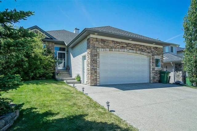 344 Cove Rd, Chestermere  The Cove homes for sale