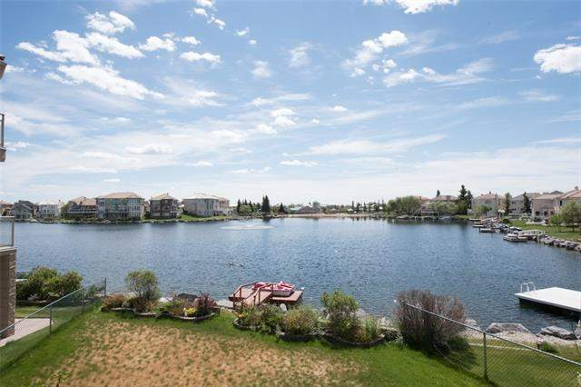 Coral Springs real estate listings 216 Coral Shores BA Ne, Calgary