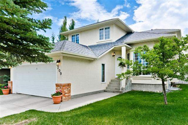 real estate listings 209 Hawkstone DR Nw, Calgary