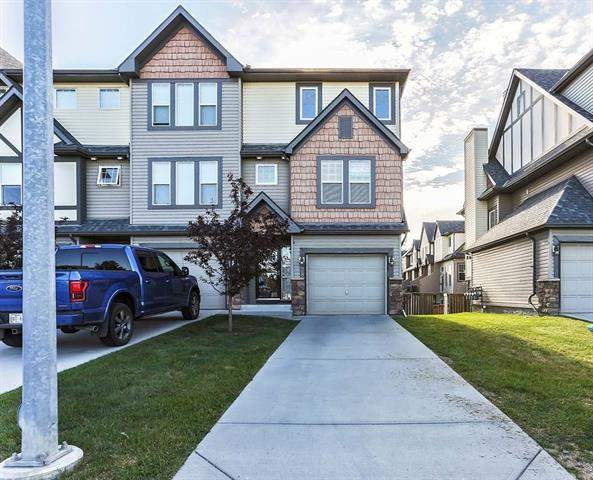 MLS® #C4192727® 28 Everridge Cm Sw in Evergreen Calgary Alberta