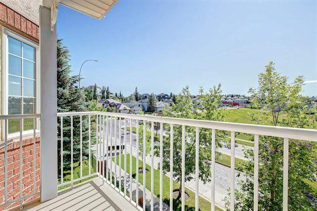 Signal Hill real estate listings 3310 Sienna Park Gr Sw, Calgary