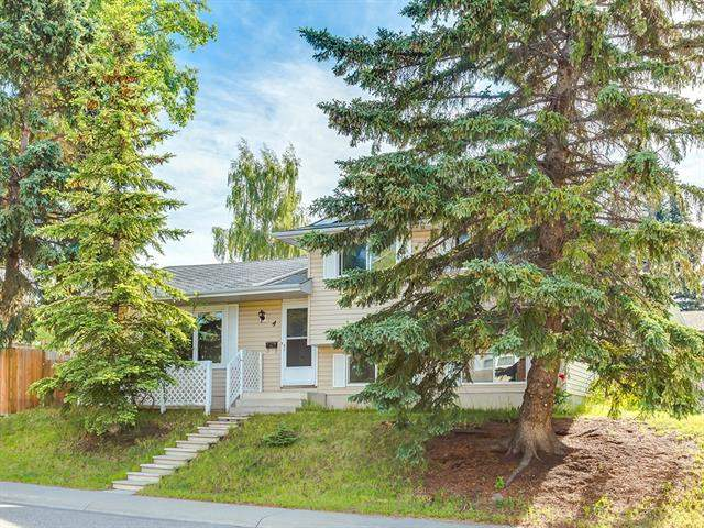 Brentwood real estate listings 4 Brenner PL Nw, Calgary