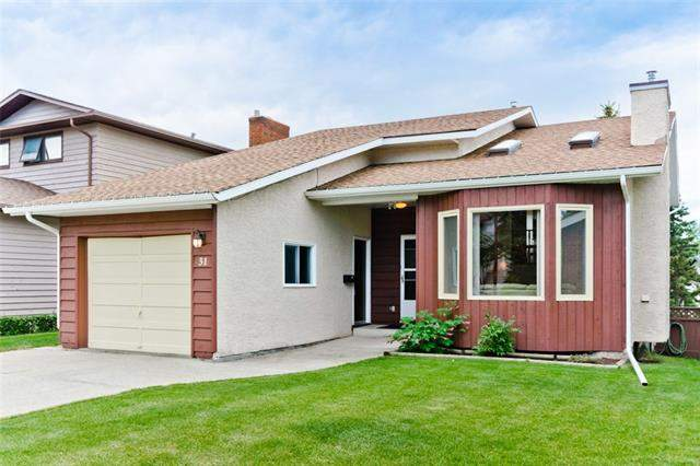 Hawks Landing real estate listings 31 Hawksbrow RD Nw, Calgary