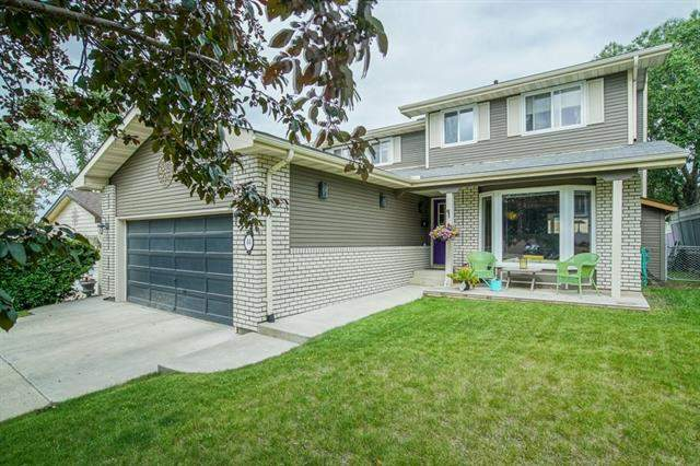 Hawkwood real estate listings 44 Hawkfield PL Nw, Calgary