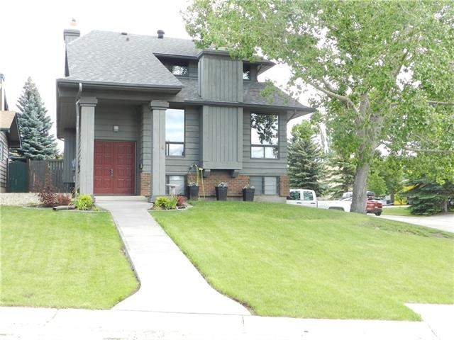 4 Coach Ridge CL Sw, Calgary  Coach Hill homes for sale