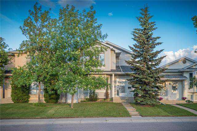 Erin Woods real estate listings 831 Erin Woods DR Se, Calgary