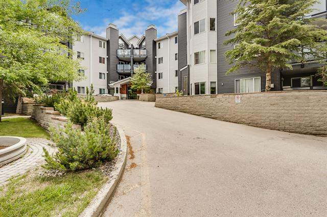 Signal Hill real estate listings #303 30 Sierra Morena Me Sw, Calgary