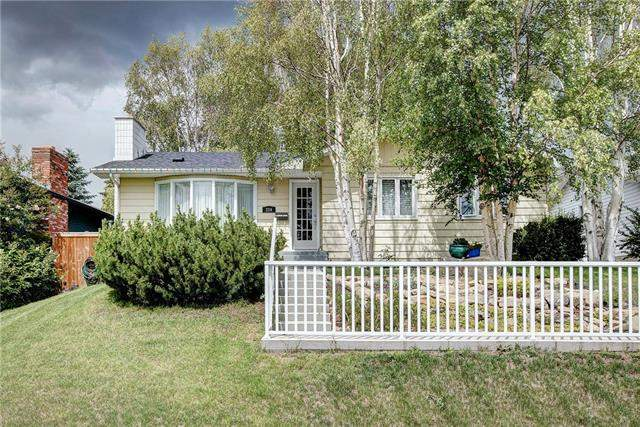 Dalhousie real estate listings 234 Dalhurst WY Nw, Calgary