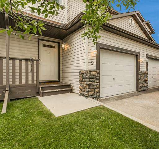 #9 156 Canoe DR Sw, Airdrie  Canals homes for sale