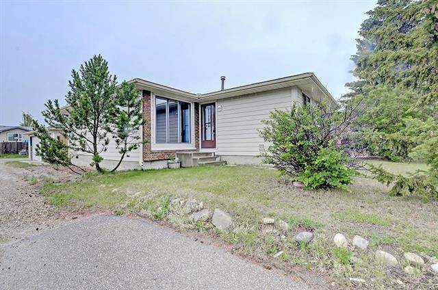 Airdrie real estate listings 43 Summerwood RD Se, Airdrie