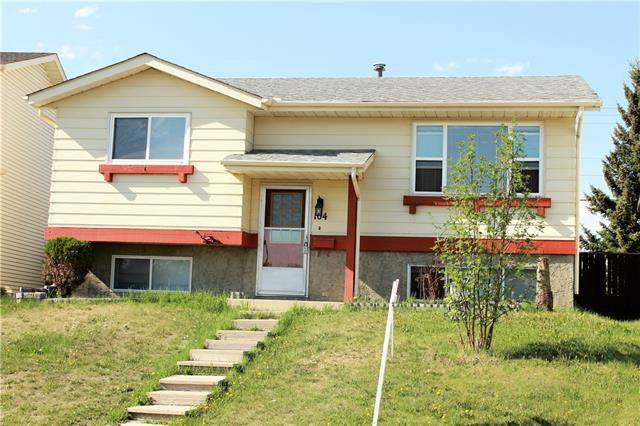 Castleridge real estate listings 104 Castledale CR Ne, Calgary