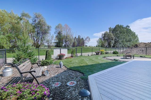 1213 Hillcrest Manor Es in Hillview Estates Strathmore MLS® #C4198872