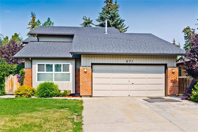 671 Deercroft WY Se, Calgary  Deer Run homes for sale