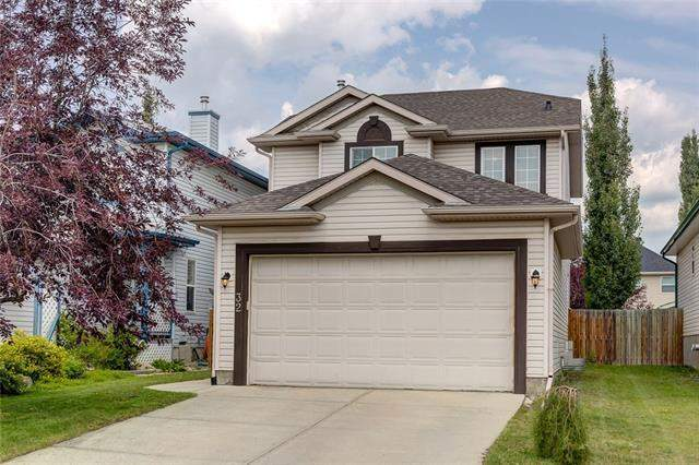 32 Coville CR Ne in Coventry Hills Calgary MLS® #C4199177