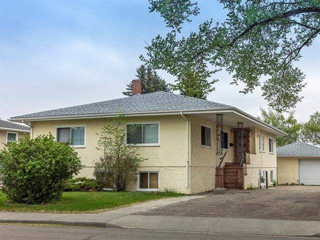 916 Renfrew DR Ne, Calgary Renfrew real estate, Attached Regal Terrace homes for sale