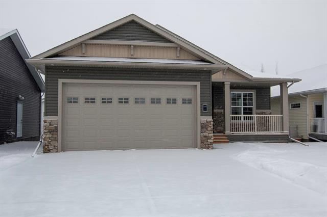 829 Stonehaven Dr, Carstairs  Carstairs homes for sale