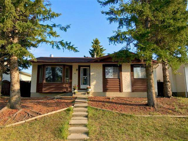 247 Pinewind RD Ne, Calgary  Pineridge homes for sale