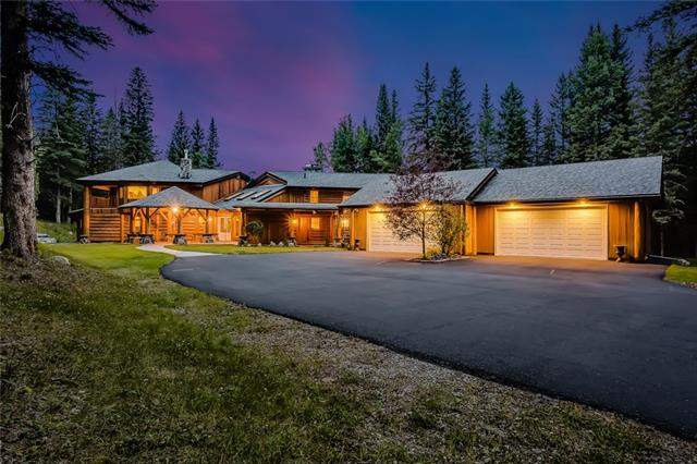 19 Squirrel Cr, Bragg Creek  Bragg Creek homes for sale