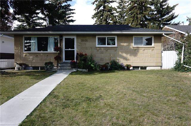 2031 45 ST Se, Calgary  Forest Lawn homes for sale