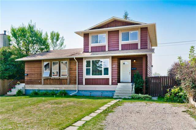 17 Deermeade RD Se, Calgary  Deer Run homes for sale