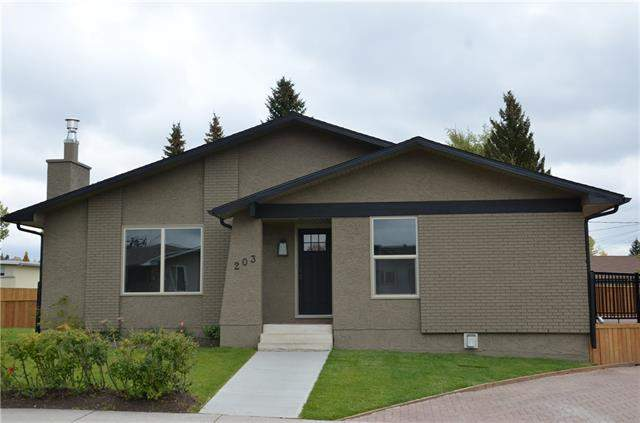 203 Silver Mead CL Nw, Calgary, Silver Springs real estate, Detached Silver Springs homes for sale