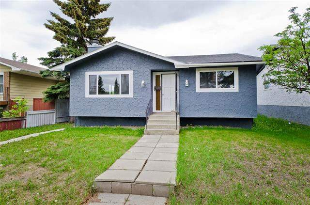 5119 26 AV Ne, Calgary  Rundle homes for sale