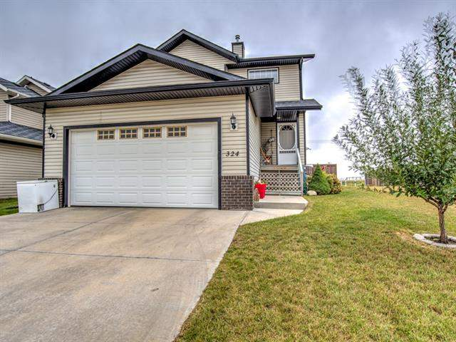 324 Highland Ci, Strathmore  Strathmore homes for sale