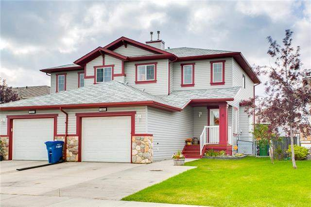 560 Stonegate WY Nw, Airdrie  Stonegate homes for sale
