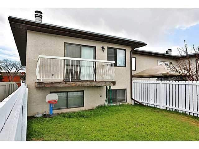 #e 1403 44 ST Se, Calgary  Forest Lawn homes for sale