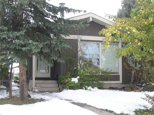 215 Woodvale BA Sw, Calgary Woodlands real estate, Attached Woodlands homes for sale