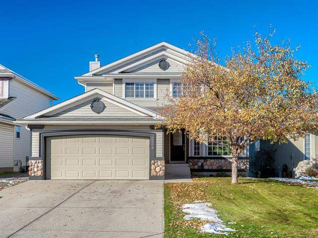 224 Douglas Woods Hl Se, Calgary  Douglasdale Estates homes for sale