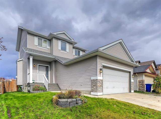 101 Thornfield CL Se, Airdrie  Thorburn homes for sale