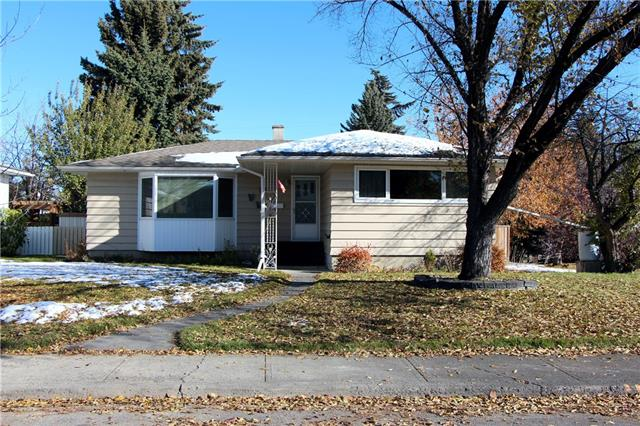 30 Malibou RD Sw, Calgary, Meadowlark Park real estate, Detached Meadowlark Park homes for sale