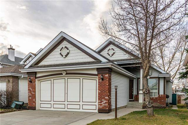 132 Coventry Gr Ne, Calgary  Coventry Hills homes for sale