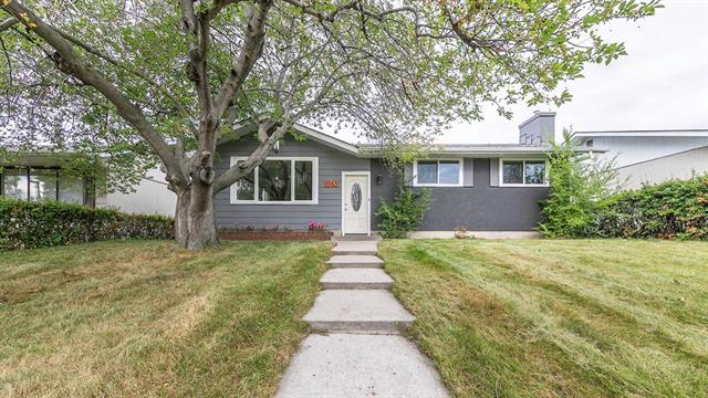 9963 Warren RD Se, Calgary Willow Park real estate, Detached Willow Park homes for sale