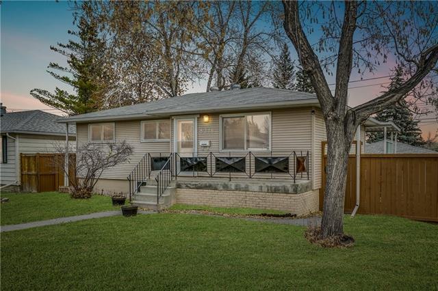 8316 Bowness RD Nw in Bowness Calgary MLS® #C4216117