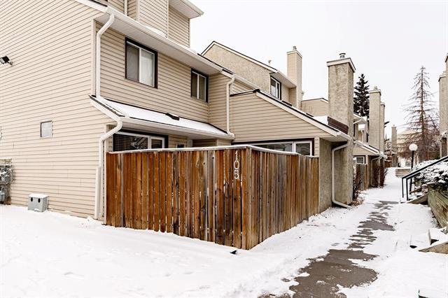 #105 27 Glamis Gr Sw, Calgary Glamorgan real estate, Attached Glamorgan homes for sale