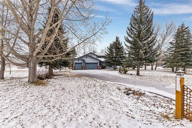 31 Pinecone Ln Sw in Pinebrook Estates Rural Rocky View County MLS® #C4218670