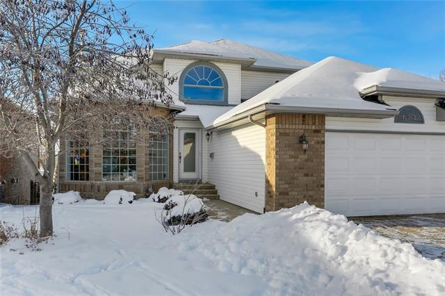 132 Douglas Shore CL Se, Calgary, Douglasdale/Glen real estate, Detached Douglasdale Estates homes for sale